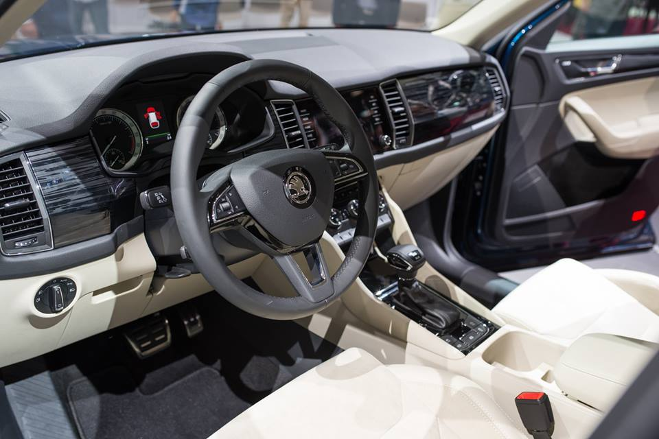 skoda-kodiaq-interior-unveiled-in-paris